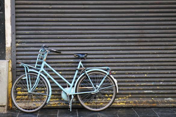 velos-amsterdam-bikes-feat